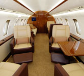 Private Jet Photo Bombardier Challenger 605 interior