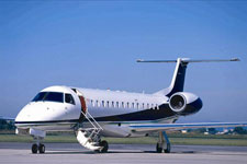 Private Jet Photo Embraer Legacy Shuttle exterior